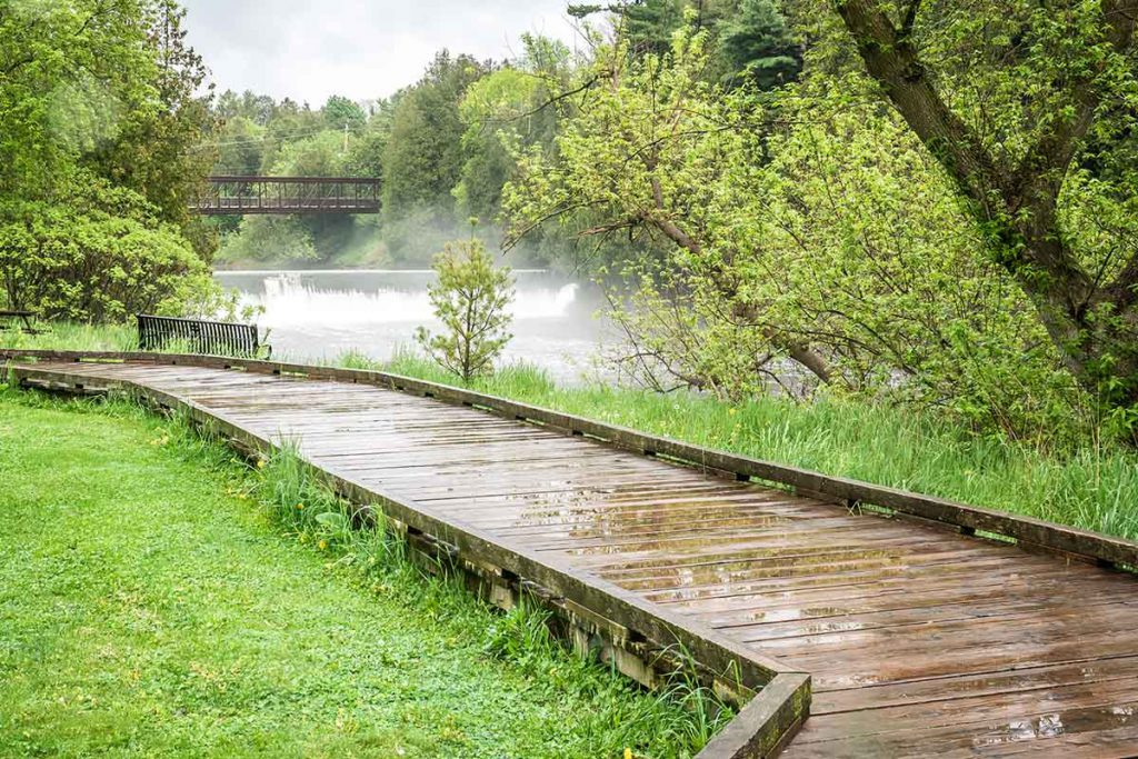 View of the Irvine river on a rainy day